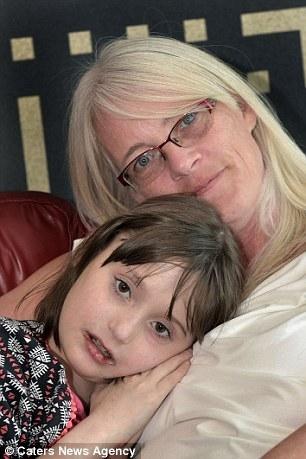 女儿离世10年 母亲再次听到她的心跳