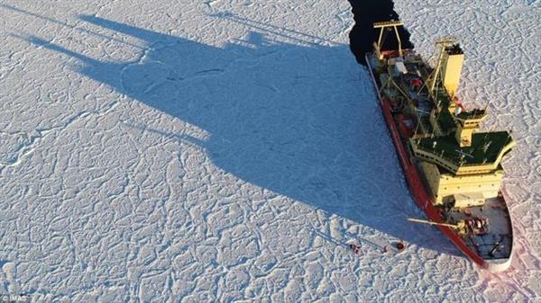 南极发现绝美龙鳞状冰面:遥远角落超越尘世的美景