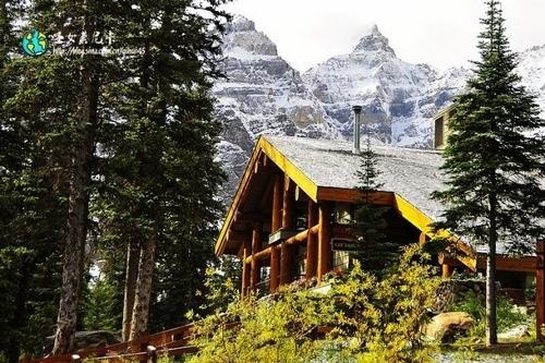 梦莲湖畔的木屋旅馆,在这里能够充分享受山居时光