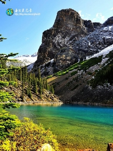 湖光山色融为一体