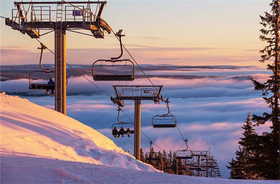 玩转十大滑雪胜地 在阿尔卑斯山小镇泡温泉