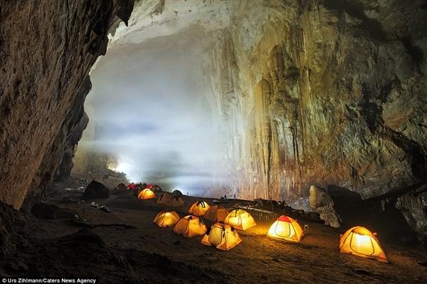 探秘越南最大洞穴:云雾缭绕犹如仙境