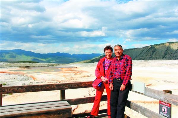 武汉六旬夫妇不会英语 花2万自驾游美国19天